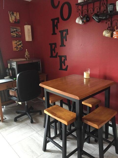 Appartement en copropriété pour l à louer à Address Not Available Atlantic Highlands, New Jersey 07716 États-Unis