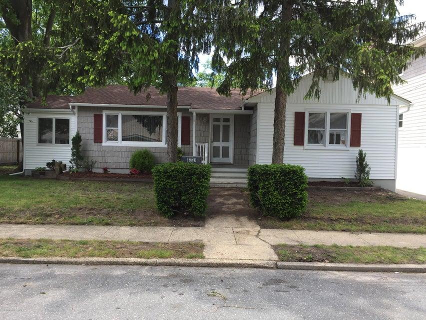 Casa Multifamiliar por un Venta en 1723 Belmont Avenue Lake Como, Nueva Jersey 07719 Estados Unidos