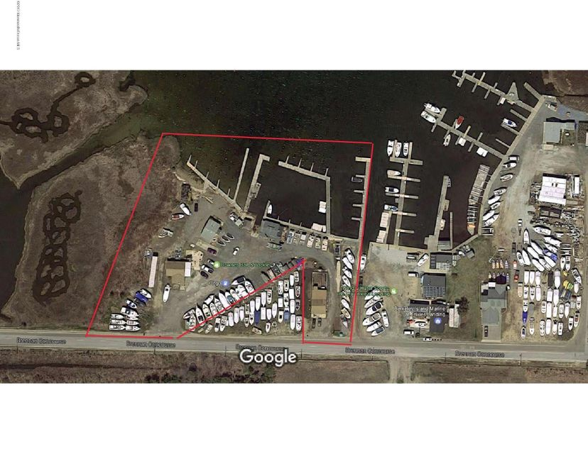 Commercial for Sale at 287 Brennan Concourse 287 Brennan Concourse Bayville, New Jersey 08721 United States