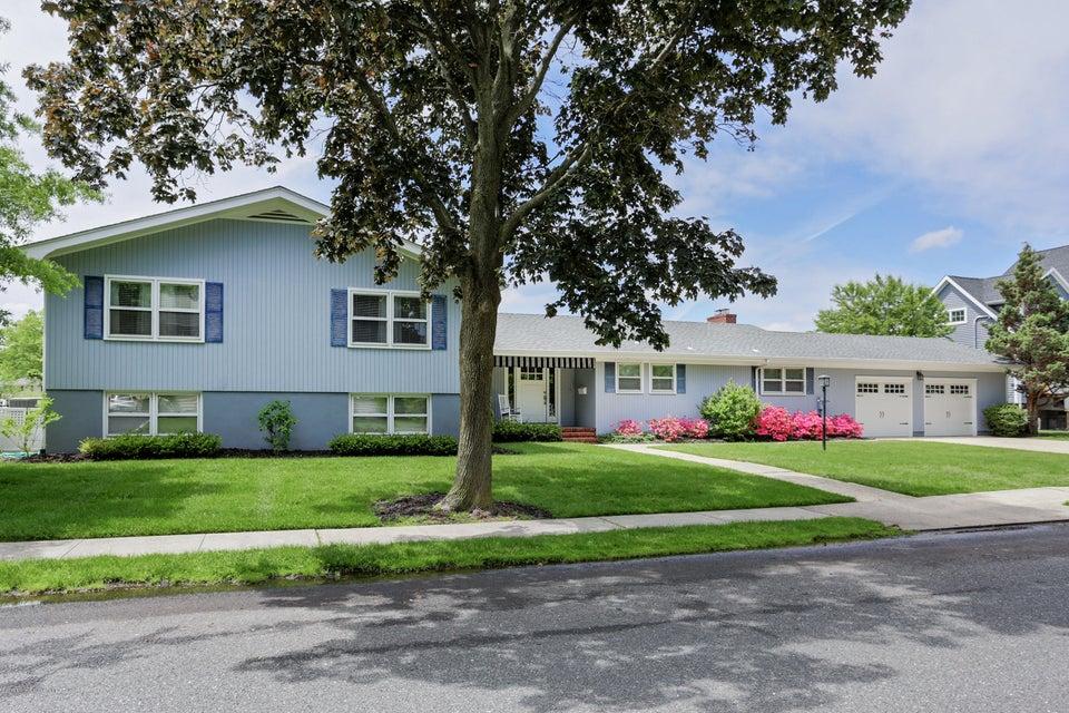 Casa Unifamiliar por un Venta en 254 Arnold Avenue 254 Arnold Avenue Oceanport, Nueva Jersey 07757 Estados Unidos