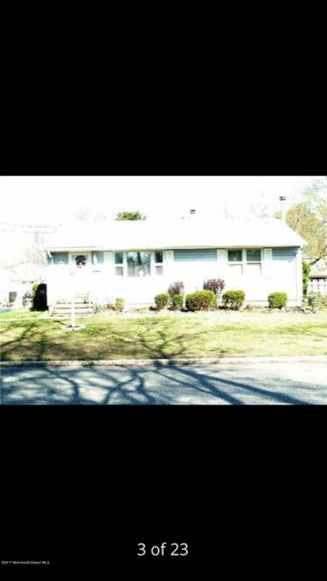 Single Family Home for Sale at 32 Lettau Drive 32 Lettau Drive Spotswood, New Jersey 08884 United States