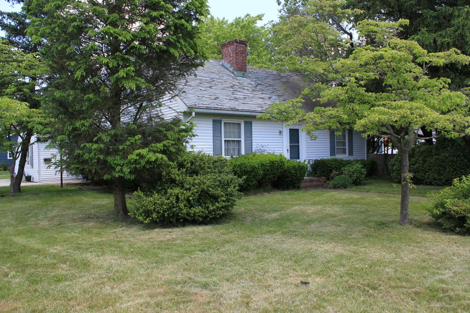 Additional photo for property listing at 1214 New York Avenue 1214 New York Avenue Manasquan, New Jersey 08736 États-Unis