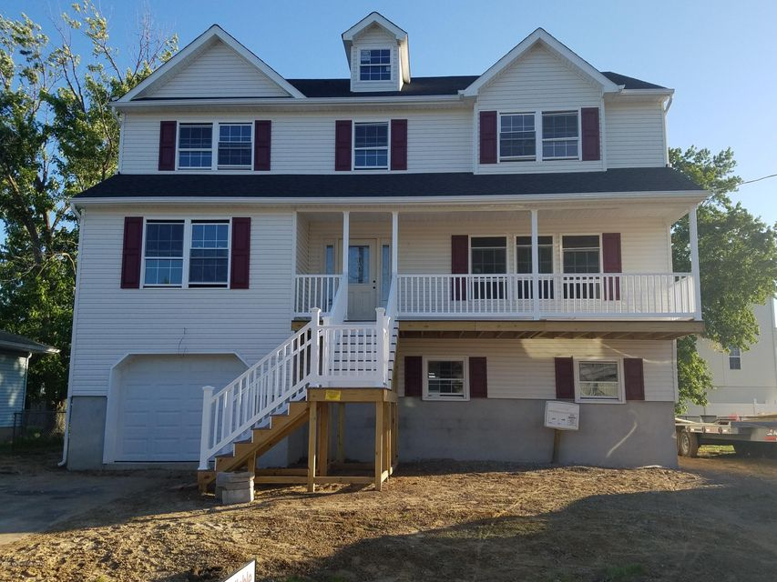 Single Family Home for Sale at 608 Edmunds Avenue Union Beach, New Jersey 07735 United States