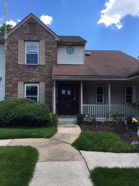 Частный односемейный дом для того Продажа на 5 Hopkinson Court East Windsor, Нью-Джерси 08520 Соединенные Штаты