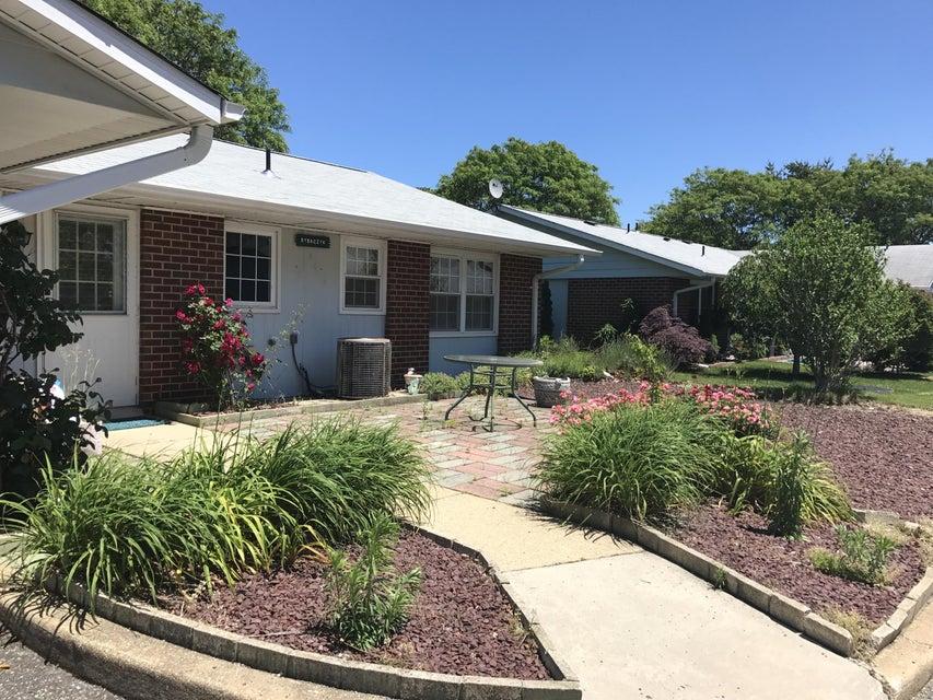 Casa Unifamiliar por un Venta en 1264 Hamilton Court Lakewood, Nueva Jersey 08701 Estados Unidos