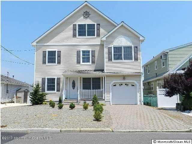 Single Family Home for Rent at 17 Crane Way Toms River, New Jersey 08753 United States