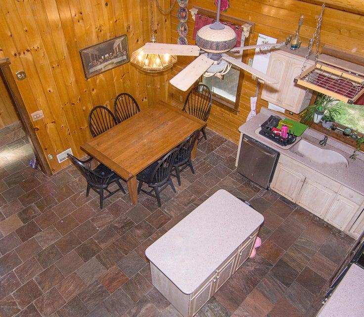 _RMJ4119.jpg kitchen