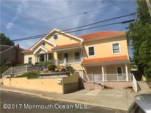 Maison unifamiliale pour l Vente à 37 Lavern Street Sayreville, New Jersey 08872 États-Unis