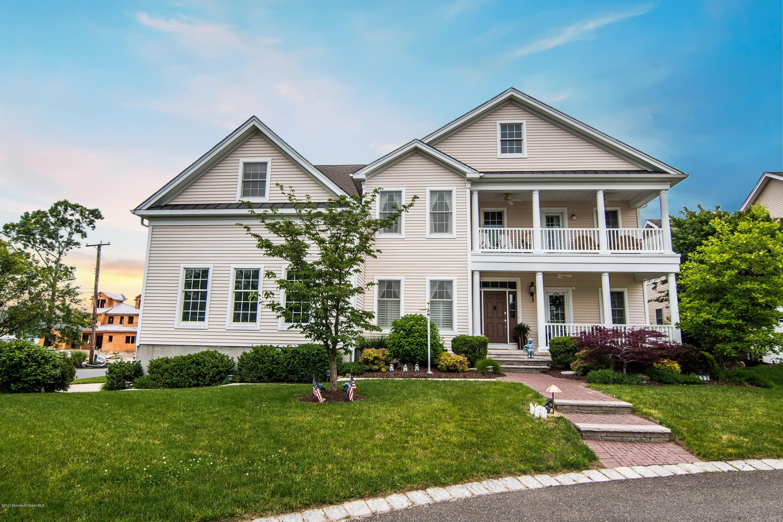 Maison unifamiliale pour l Vente à 602 Buhler Court Pine Beach, New Jersey 08741 États-Unis