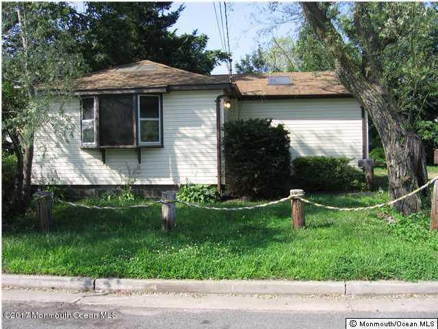 独户住宅 为 出租 在 247 Seabreeze Avenue North Middletown, 新泽西州 07748 美国