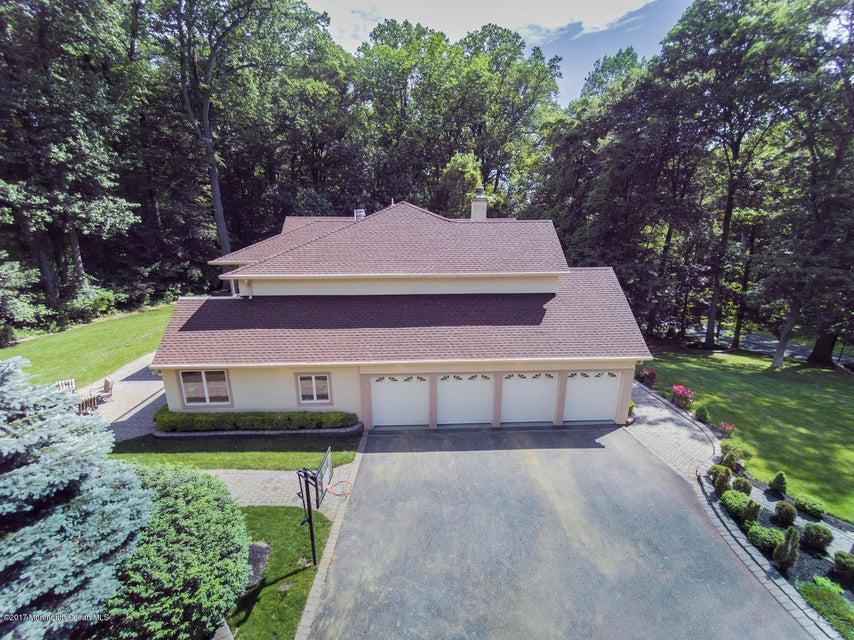 34 Roberts Rd Holmdel NJ 07733-large-057