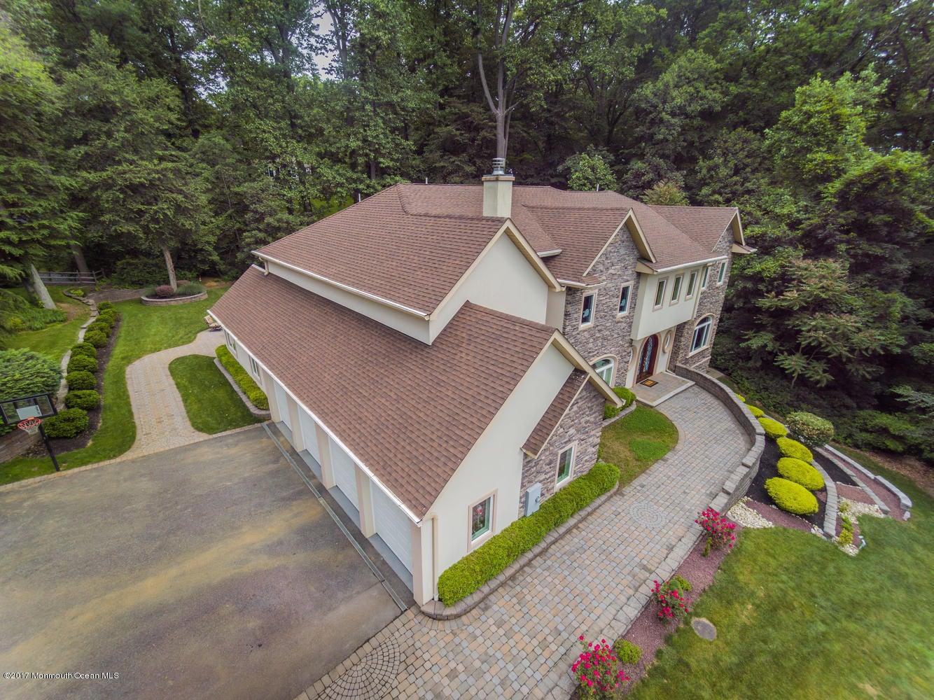 34 Roberts Rd Holmdel NJ 07733-large-060