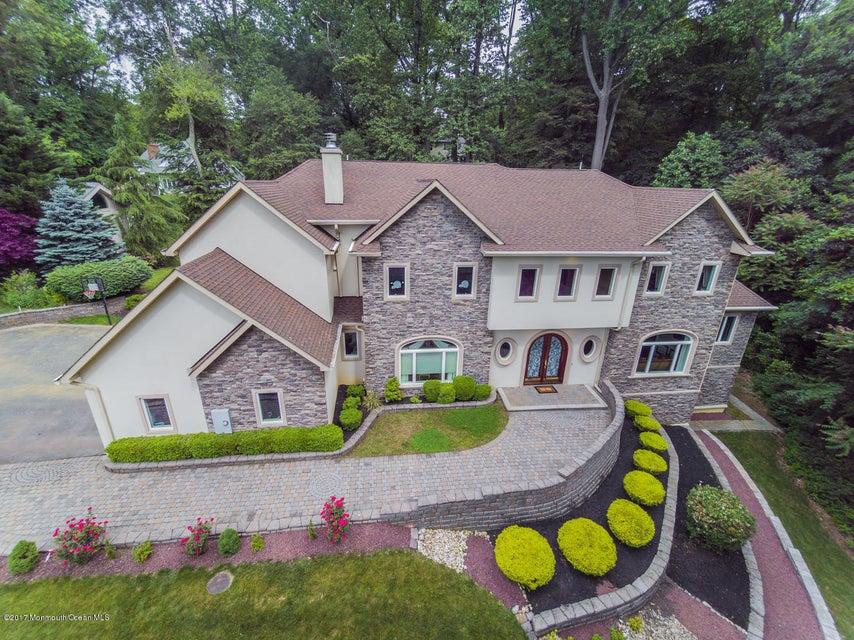 34 Roberts Rd Holmdel NJ 07733-large-061