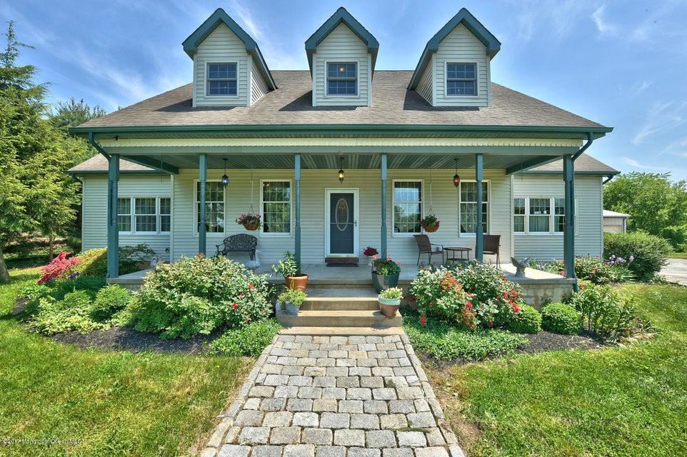 Maison unifamiliale pour l Vente à 1039 Oxmead Road Mount Holly, New Jersey 08060 États-Unis