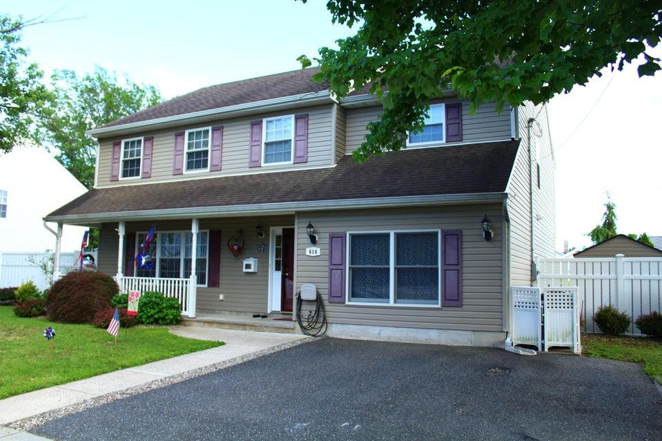 Maison unifamiliale pour l Vente à 616 Park Avenue Union Beach, New Jersey 07735 États-Unis