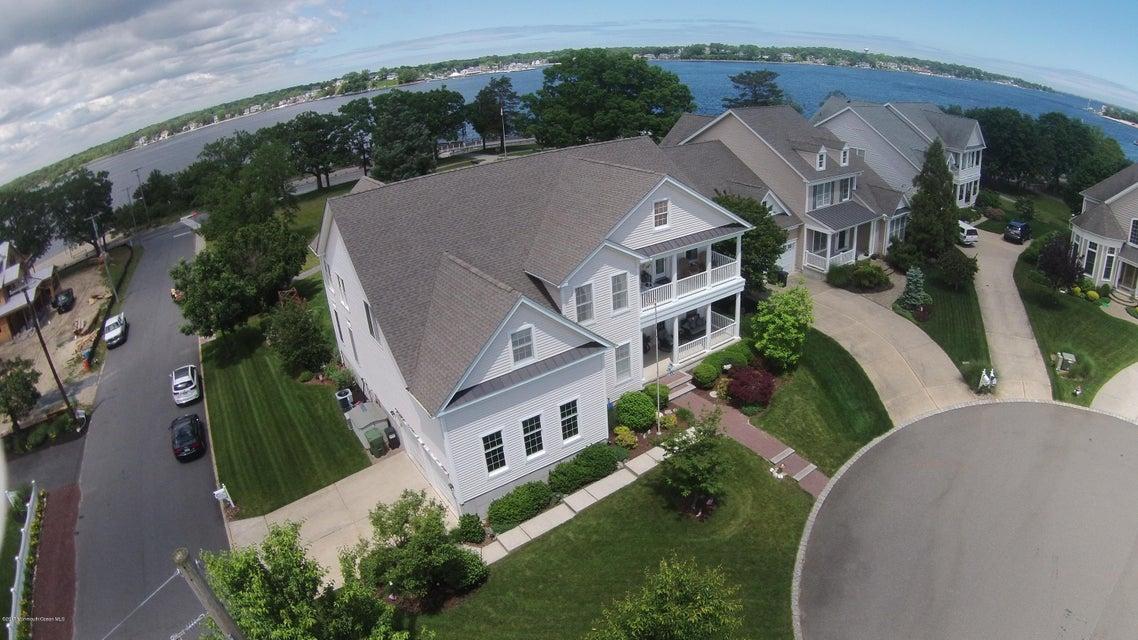 独户住宅 为 销售 在 602 Buhler Court Pine Beach, 新泽西州 08741 美国