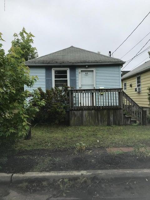 Maison unifamiliale pour l à louer à 99 Bayside Parkway North Middletown, New Jersey 07748 États-Unis