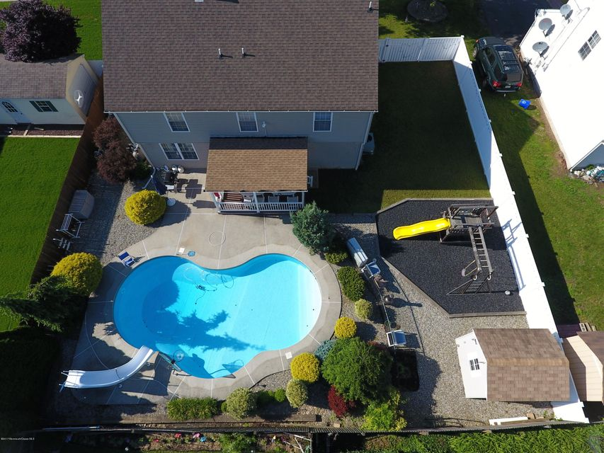 Single Family Home for Sale at 616 Park Avenue Union Beach, New Jersey 07735 United States