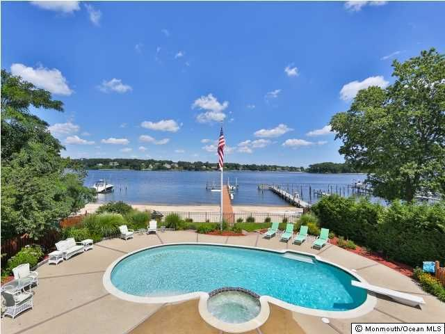 Villa per Vendita alle ore 2631 River Road 2631 River Road Point Pleasant, New Jersey 08742 Stati Uniti