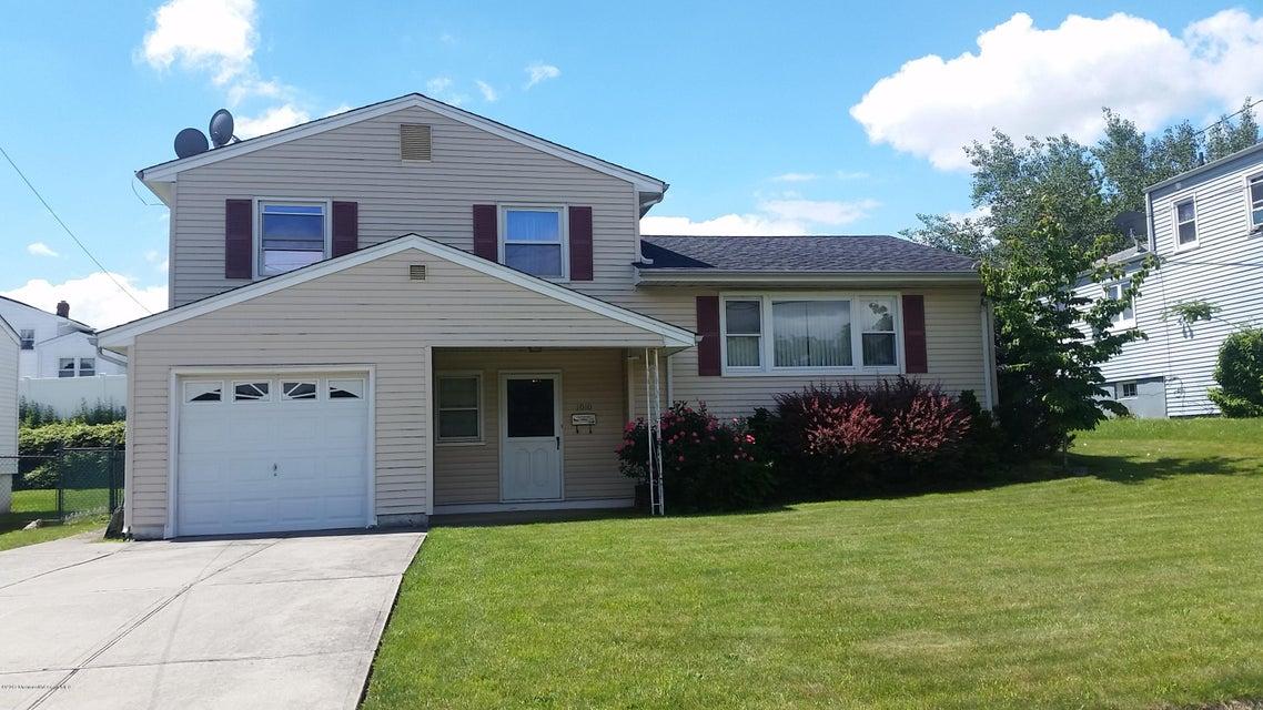 独户住宅 为 销售 在 1010 Florida Grove Road Perth Amboy, 08862 美国