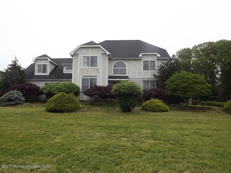 Single Family Home for Sale at 30 Highland Ridge Road Englishtown, New Jersey 07726 United States