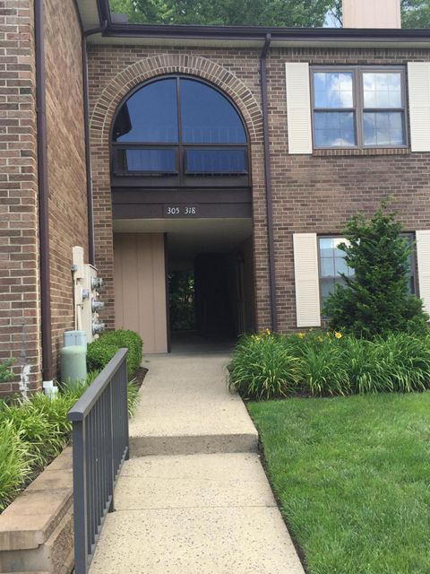 Condominium for Rent at 316 Wellington Place Aberdeen, New Jersey 07747 United States