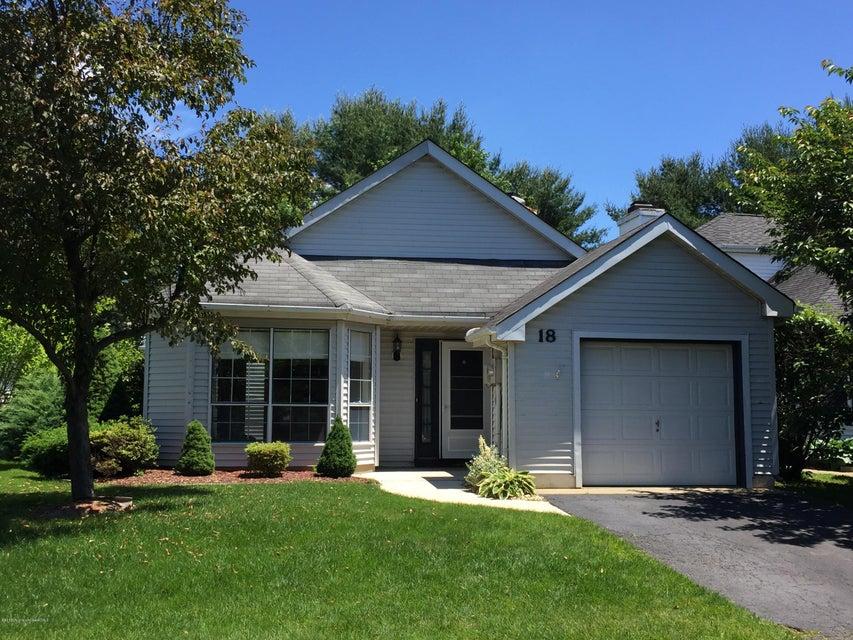 独户住宅 为 出租 在 18 Jasmine Lane Freehold, 新泽西州 07728 美国