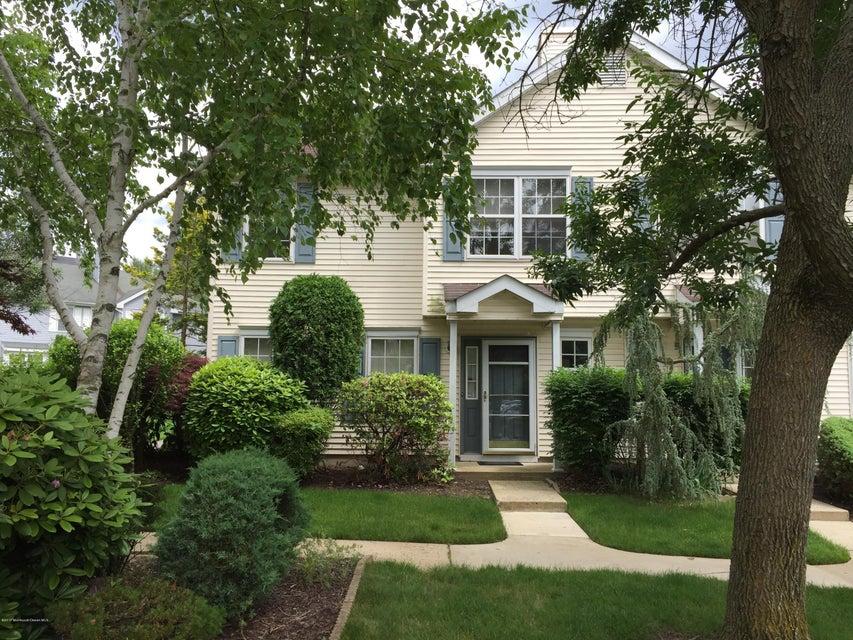 共管式独立产权公寓 为 出租 在 899 Crimson Court 摩根维尔, 新泽西州 07751 美国