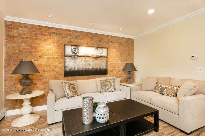 Appartement en copropriété pour l à louer à 66 Linden Court Spring Lake Heights, New Jersey 07762 États-Unis