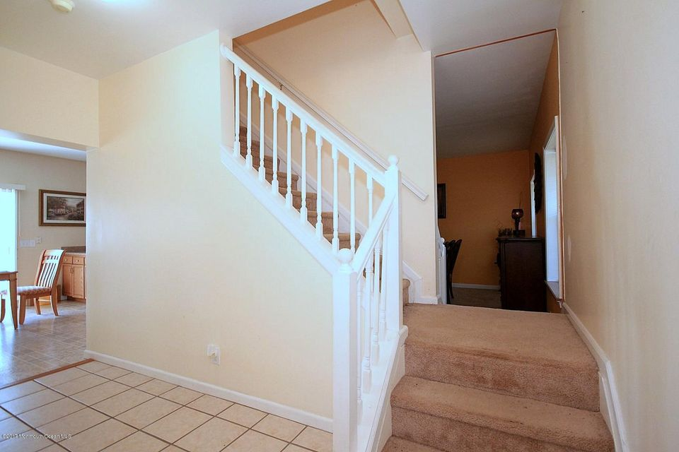 Additional photo for property listing at 20 Oneida Avenue 20 Oneida Avenue Waretown, New Jersey 08758 Stati Uniti