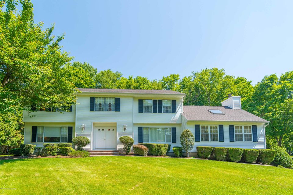 231 Yale Drive, Lincroft, NJ 07738