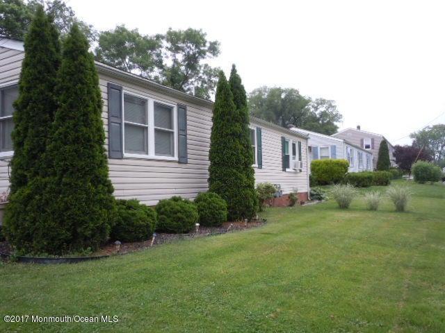 独户住宅 为 销售 在 81 Barker Avenue Shrewsbury Township, 新泽西州 07724 美国