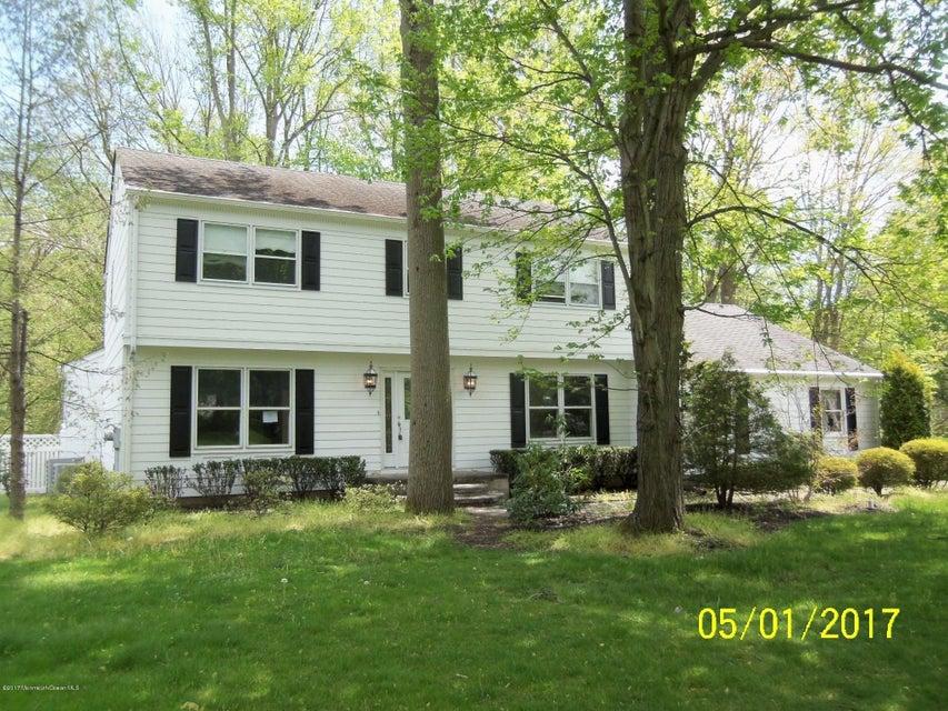 104 Whispering Pines Drive, Lincroft, NJ 07738