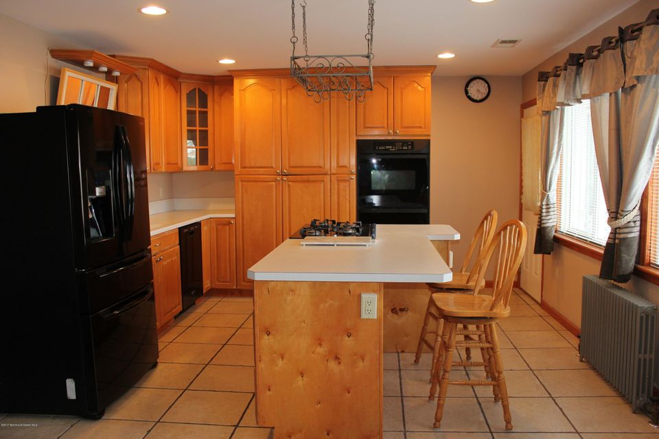Additional photo for property listing at 955 Meadowlark Drive  Lanoka Harbor, Nueva Jersey 08734 Estados Unidos