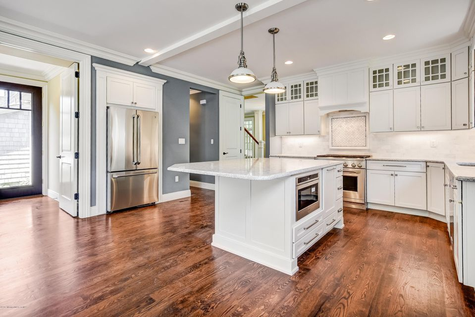 Gourmet Kitchen with high end cabinetry