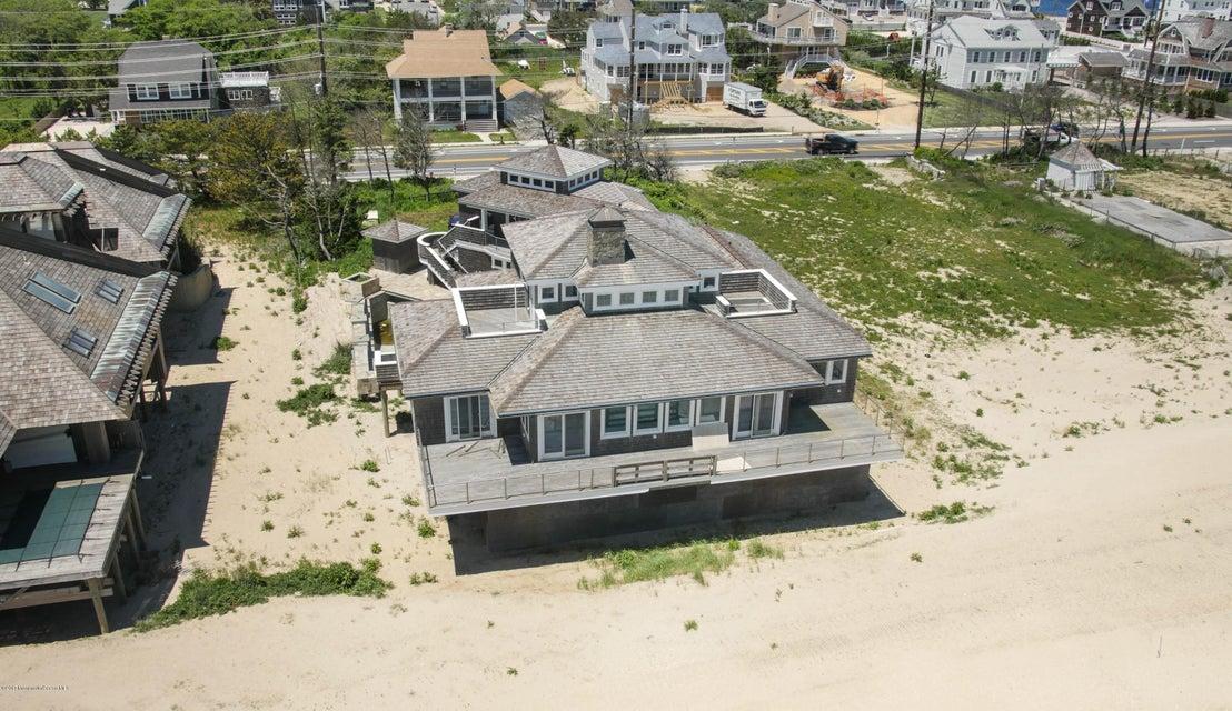 Maison unifamiliale pour l Vente à 1217 Ocean Avenue 1217 Ocean Avenue Mantoloking, New Jersey 08738 États-Unis
