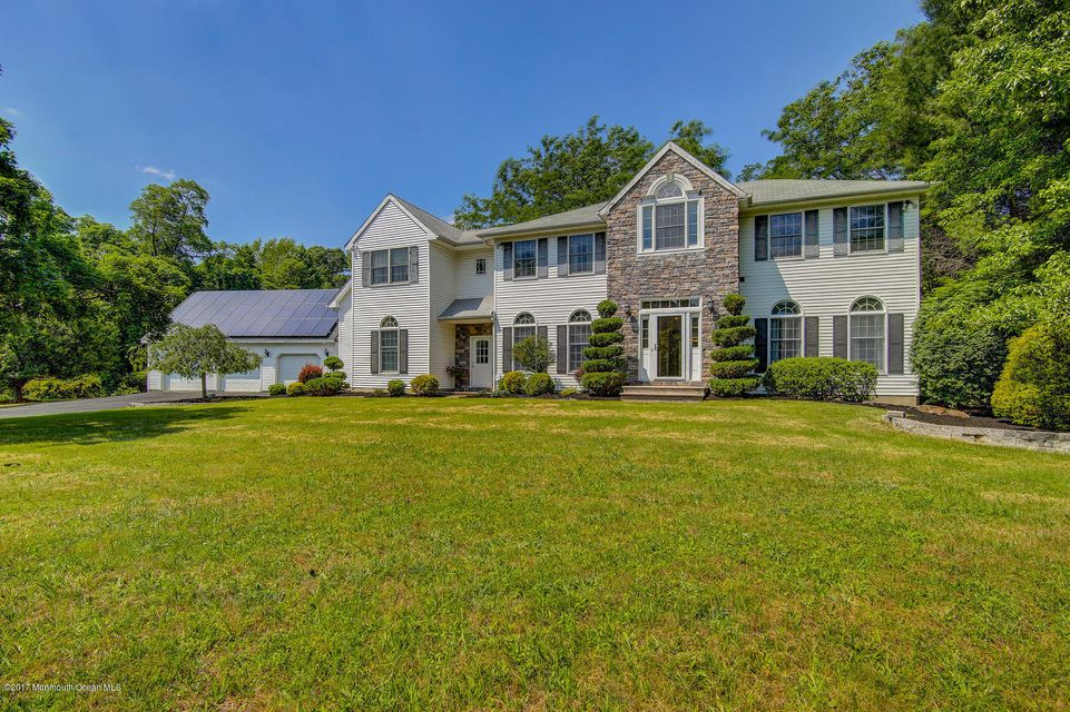 Single Family Home for Sale at 3 Autumn Court Perrineville, New Jersey 08535 United States