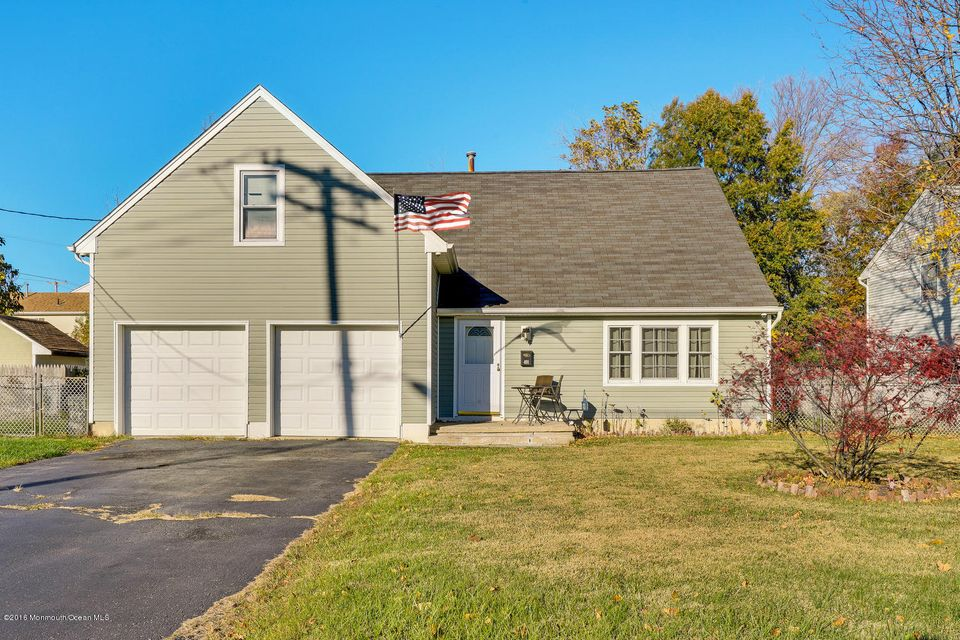 Single Family Home for Sale at 401 Port Monmouth Road North Middletown, New Jersey 07748 United States