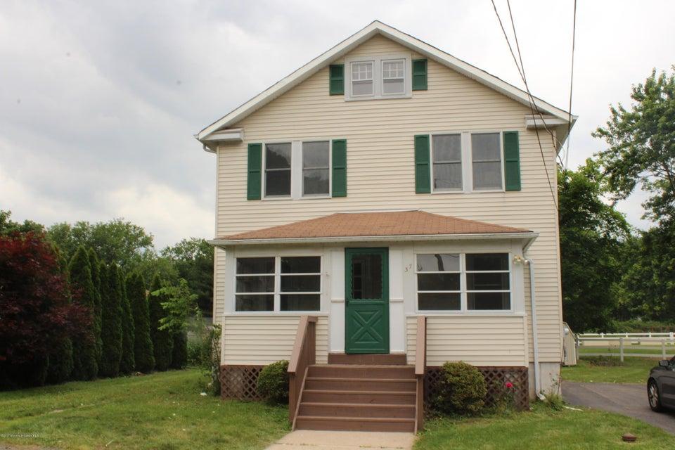 Casa Unifamiliar por un Venta en 37 1st Street Hillsborough, Nueva Jersey 08844 Estados Unidos