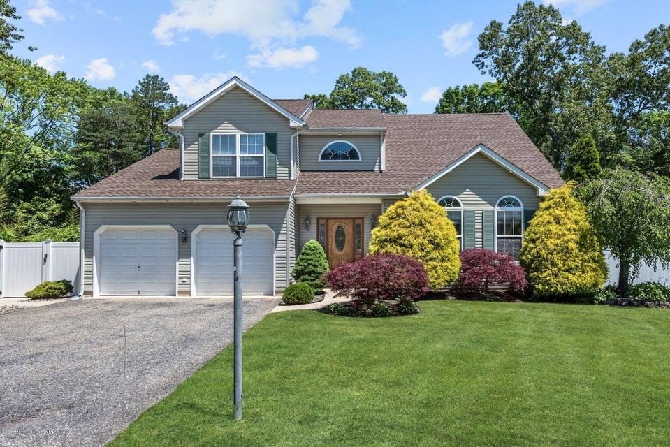 独户住宅 为 销售 在 29 Jacqueline Court Lanoka Harbor, 新泽西州 08734 美国