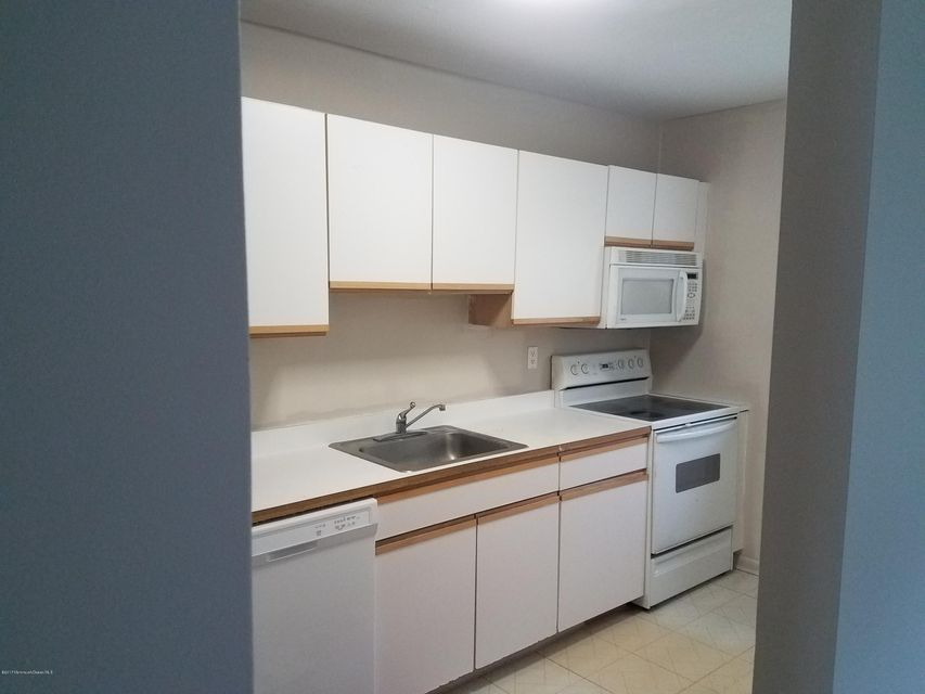 Cooperative for Rent at 121 White Street Eatontown, New Jersey 07724 United States