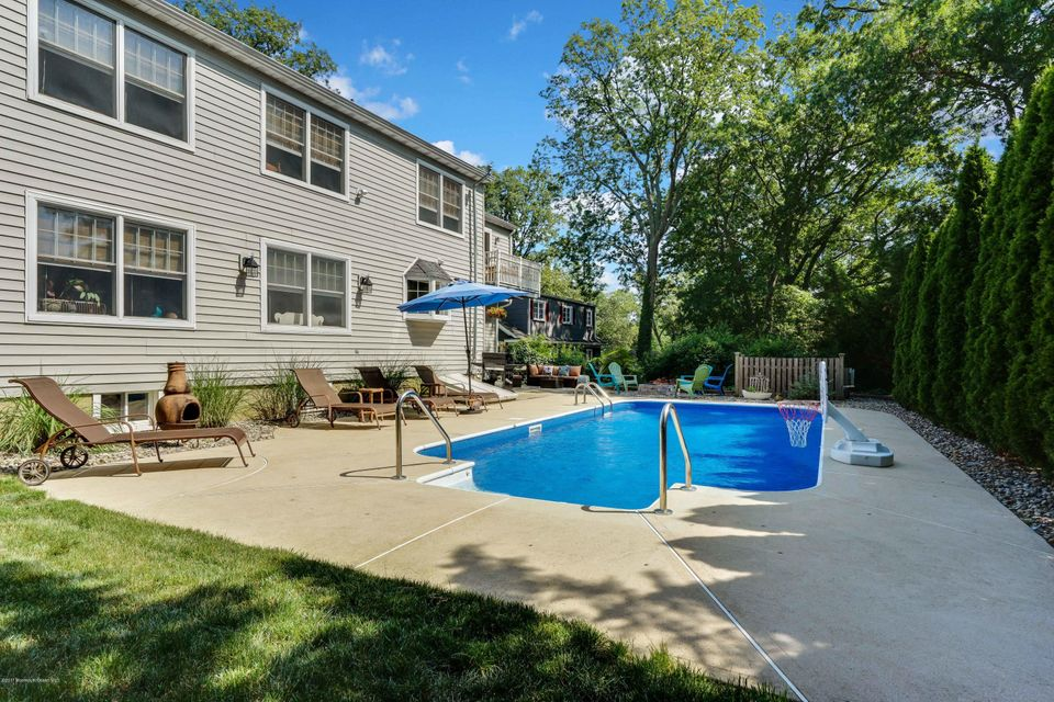 Additional photo for property listing at 2583 Crestview Road 2583 Crestview Road Manasquan, New Jersey 08736 Vereinigte Staaten