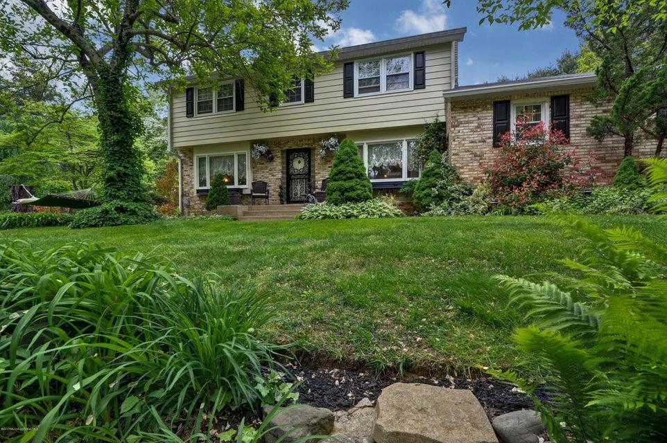 Maison unifamiliale pour l Vente à 184 Larrison Road North Hanover, New Jersey 08562 États-Unis
