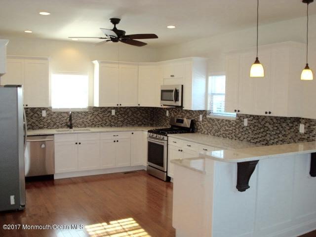 独户住宅 为 出租 在 32 Fulton Street Freehold, 新泽西州 07728 美国