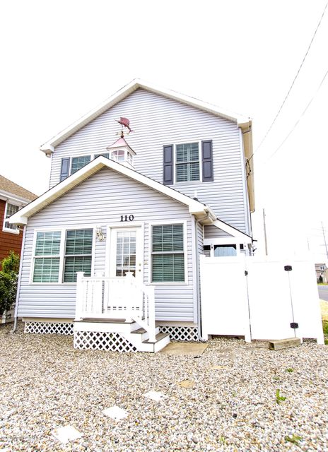 Single Family Home for Rent at 110 Trenton Avenue Lavallette, New Jersey 08735 United States