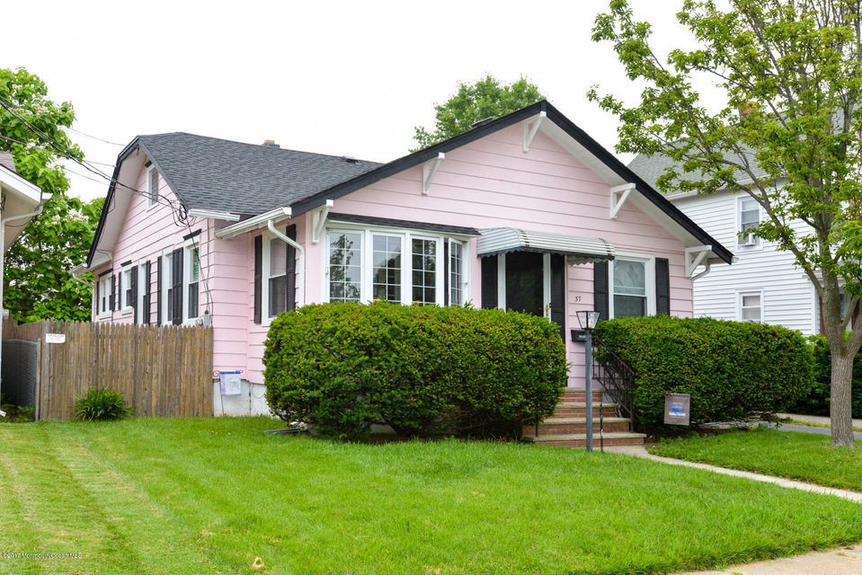 Single Family Home for Sale at 37 Windsor Court Neptune City, New Jersey 07753 United States