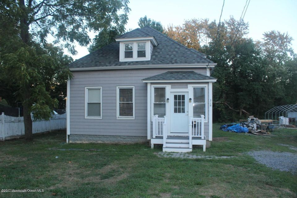 Single Family Home for Rent at 319 Main Street Matawan, New Jersey 07747 United States