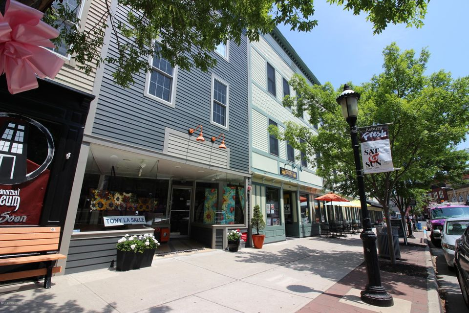 Appartement en copropriété pour l à louer à 619 Cookman Avenue Asbury Park, New Jersey 07712 États-Unis