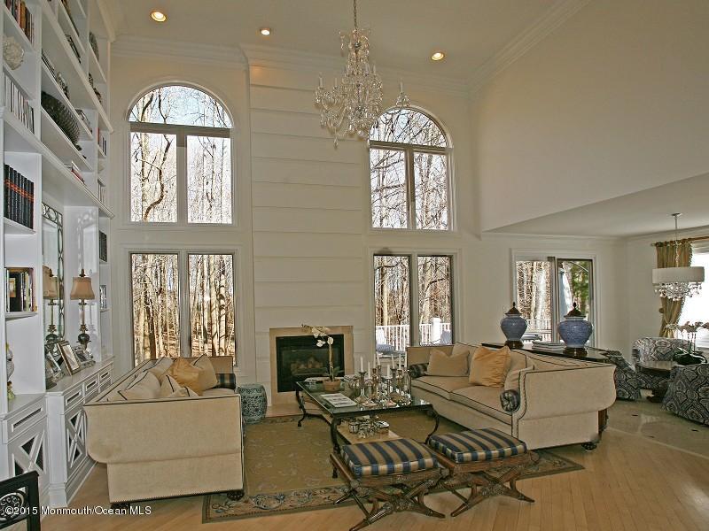独户住宅 为 出租 在 93 Las Palmas Court 霍木德尔镇, 新泽西州 07733 美国