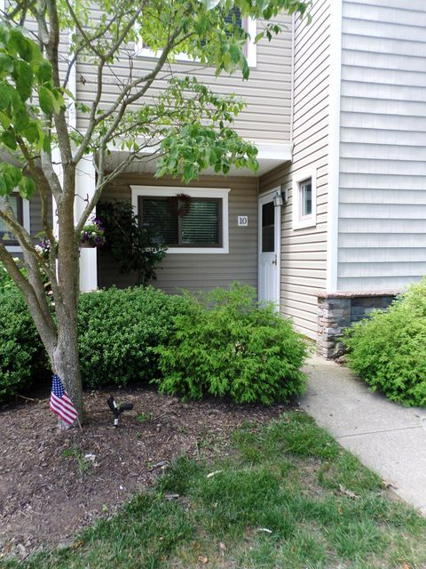 Condominium for Rent at 10 Elizabeth Court Tinton Falls, New Jersey 07724 United States